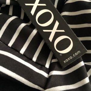 XOXO Tops - NWT XoXo 😘 Black & White Striped halter Top